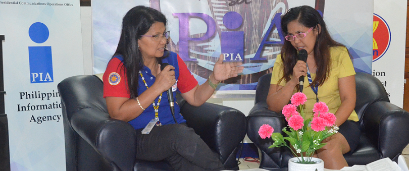 PIA XII radio program anchor Ms. Aida dela Cruz Agad interviewed Ms. Evie A. Cabulanan, Senior Economic Development Specialist of NEDA XII on July 31, 2017 to discuss the Search for Outstanding Volunteers in the region.